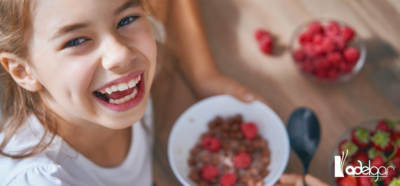 ¿Cómo detectar si tu hijo sufre un trastorno de conducta de la alimentación? Estos son los signos de alerta a los que debes prestar atención.